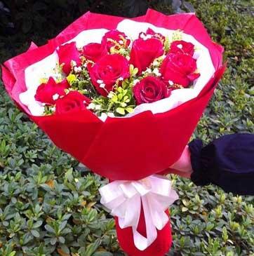 思意浓花艺旗舰店11枝红玫瑰/念着你,想着你