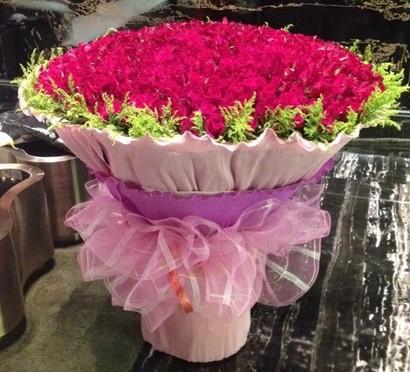 365支红玫瑰/我想飞方圆鲜花