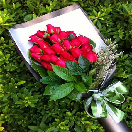 最爱的是你/34支红色玫瑰中海花好月缘鲜花店