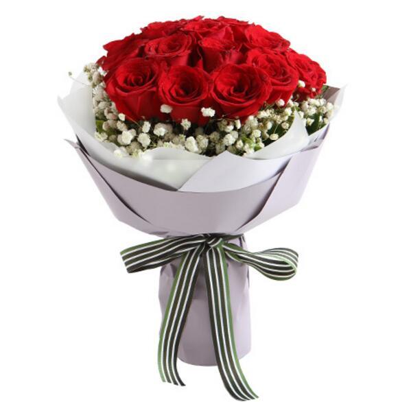 平安白金卡 牵手一生 红玫瑰19枝,满天星围绕