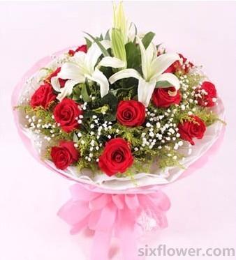 果然有花掂念着你/11支红玫瑰+百合