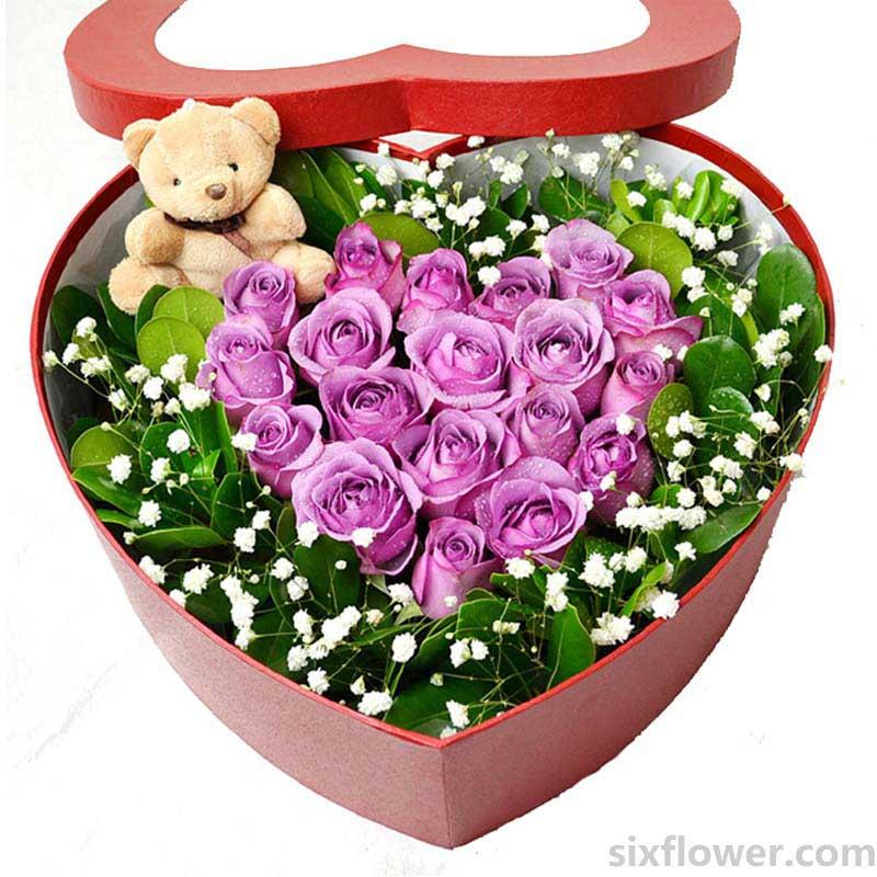 花花世界心形花盒/19枝紫玫瑰