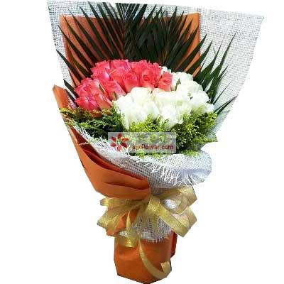 喜悦与你同行/66支玫瑰天津滨海新区玫瑰鲜花蛋糕