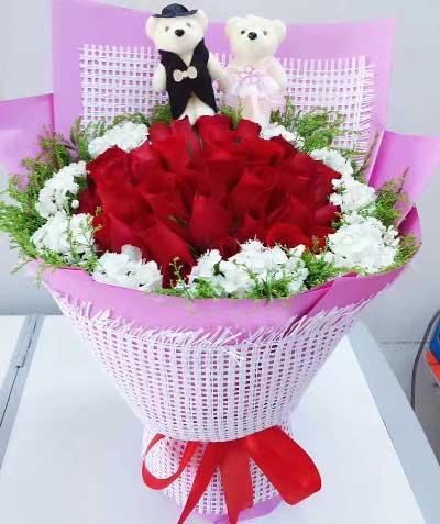 新鲜花艺22枝红色玫瑰/焕发生活的热情