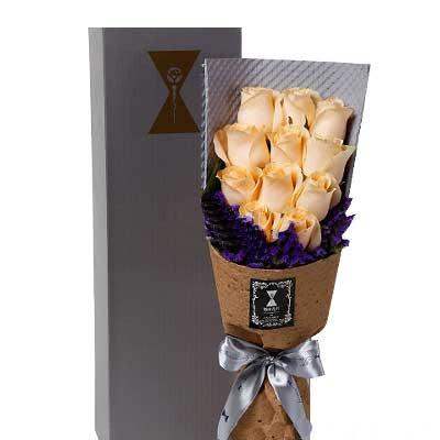 沁香花艺11支香槟玫瑰/和你在一起是我的骄傲
