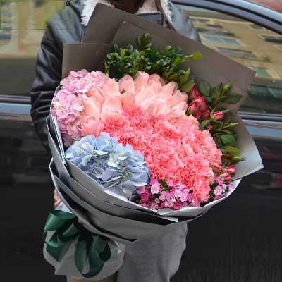 樟木头花坊19支玫瑰康乃馨/夕阳下的风是那么无私,那么柔美