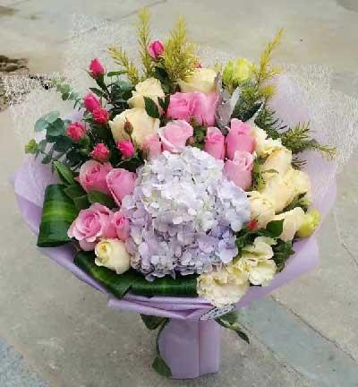 小新的花玫瑰30支/思念伴随您三百六十五天