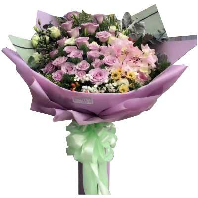 我的爱伴随鲜花一起送到你手中/33支紫色玫瑰晓尔香花屋