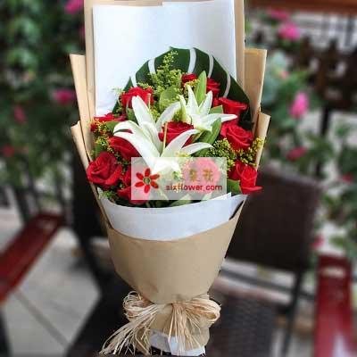 爱的堡垒/11枝红玫瑰2枝百合金灵鲜花店