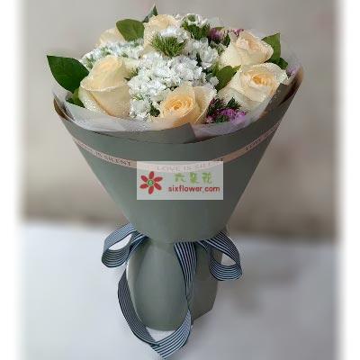 愿快乐拥抱你/11枝香槟玫瑰嫣然花卉