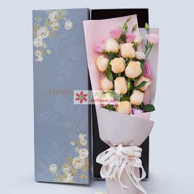 永远爱你的心/11支香槟玫瑰礼盒丁字沽鲜花店