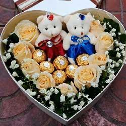 9枝香槟玫瑰,6颗巧克力