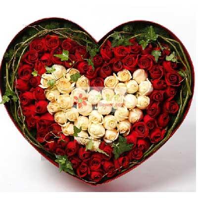 蝶恋鲜花坊99朵玫瑰,新鲜礼盒,爱相牵一线