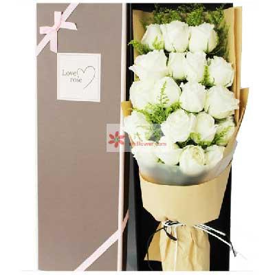 19朵白玫瑰,礼盒装,时刻都想你俪缘鲜花店