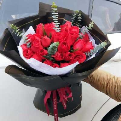 22朵红玫瑰,一生幸福小玉鲜花批发