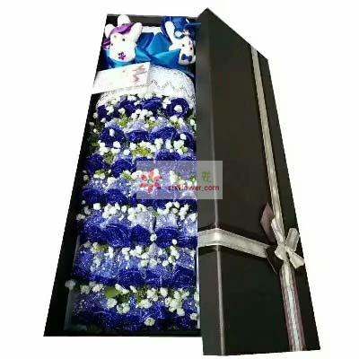 笑得甜蜜蜜/39支蓝色玫瑰礼盒花蜜花艺鲜花店