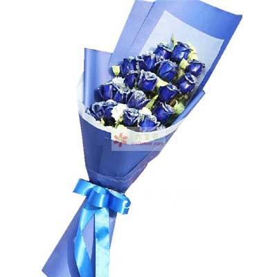 青岛黄岛松美花艺18朵蓝玫瑰,让我们浪漫手牵手