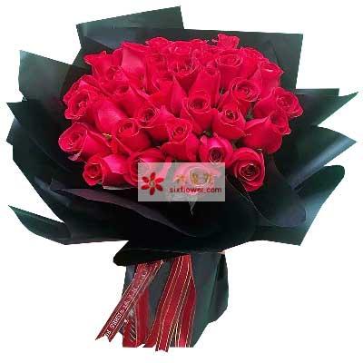彩虹花屋18朵红玫瑰,爱情甜蜜