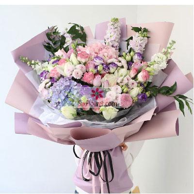 温州瓯海沙仑鲜花店9朵白玫瑰,1朵蓝色绣球花,感恩有你无比珍惜