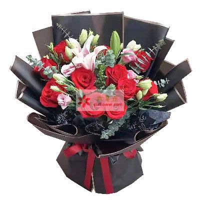 33朵白玫瑰,手捧花,最美而又最幸福的女人优昙花屋