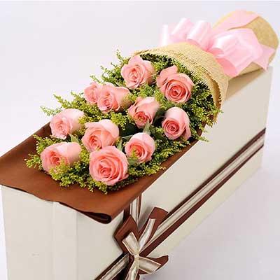 晟佰棠花艺店11朵戴安娜粉玫瑰,礼盒装,无论如何都爱你