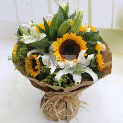 胶州花之缘鲜花8朵向日葵百合,祝你好事成双