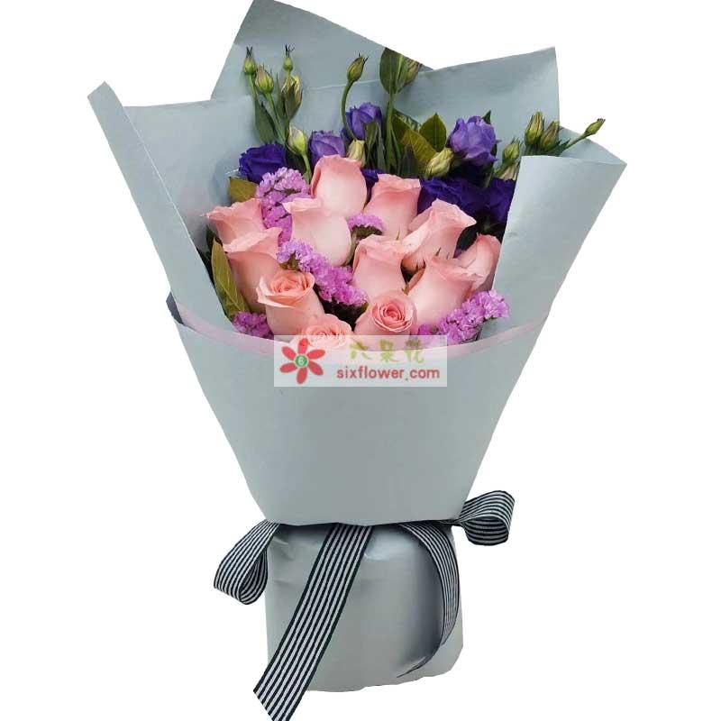 12枝戴安娜玫瑰,粉色勿忘我,紫色桔梗、橛子叶搭配