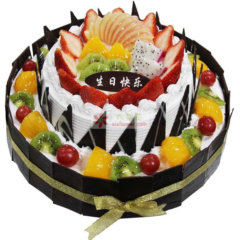 圆形双层鲜奶水果蛋糕,上层时令水果铺面,巧克力片围边装饰(上层8寸+下层12寸)