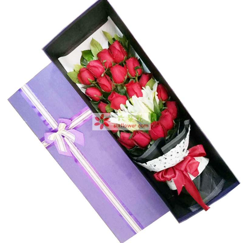19枝红色玫瑰,3朵白色百合(不要太开),如图摆放