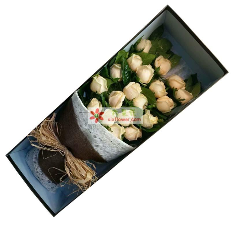 19枝香槟玫瑰,橛子叶丰满